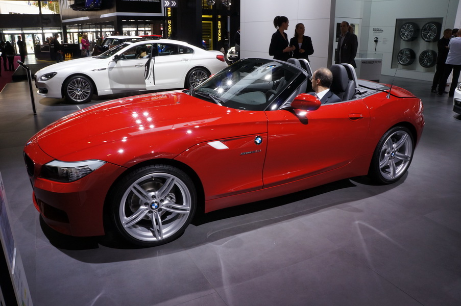 bmw z4 sdrive 20i.история названий